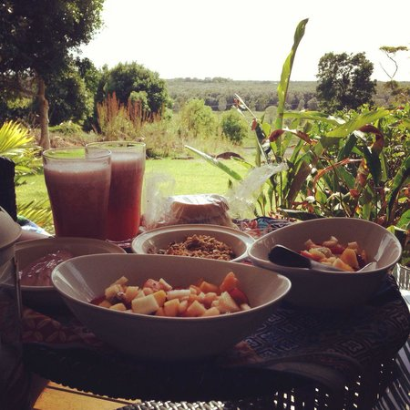 La Vista Byron Bay: The amazing breakfast !! Not to mention the view