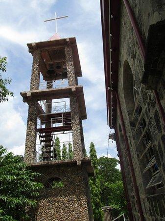 Culion, Philippines: Klockenturm von der La Immaculada Concepcion Church.