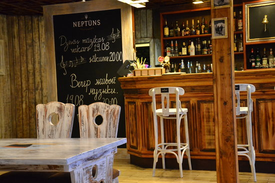 Restaurant Neptuns: Interior with historic feeling
