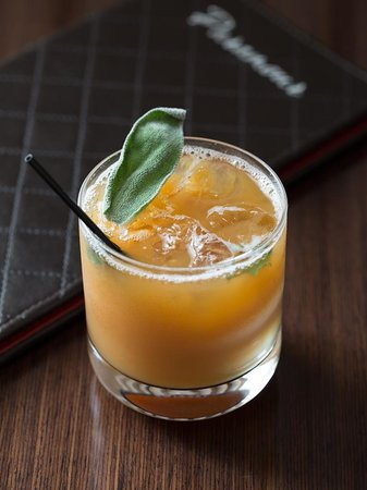 Paramour at Wayne Hotel: Caribbean Cider