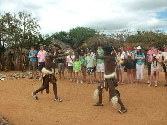 Shakaland: Fighting with the weapons