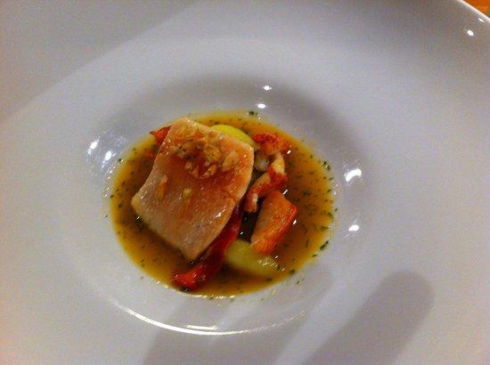 Restaurant & Hotel Zum Lowen: Saibling mit Hummer a la nage