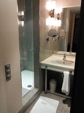 Ivbergs Premium: Transparent door on the shower