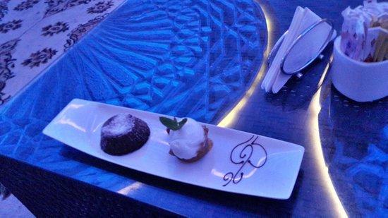 Sukar Pasha : Cake and Ice Cream
