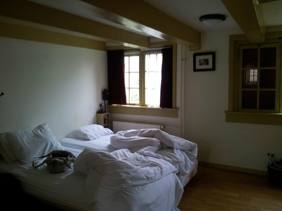 Hotel Brouwer: bedroom