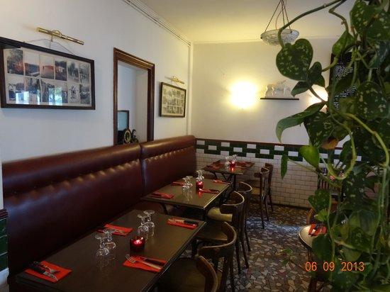 Le Rez de Chaussee: Classic interior