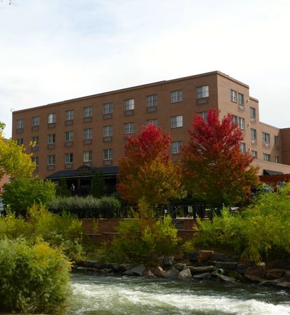 The Golden Hotel, an Ascend Collection hotel: View of hotel from across Clear Creek