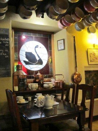 The Black Swan Inn: breakfast area