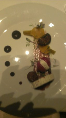 The Europe Hotel & Resort: Goatscheese starter