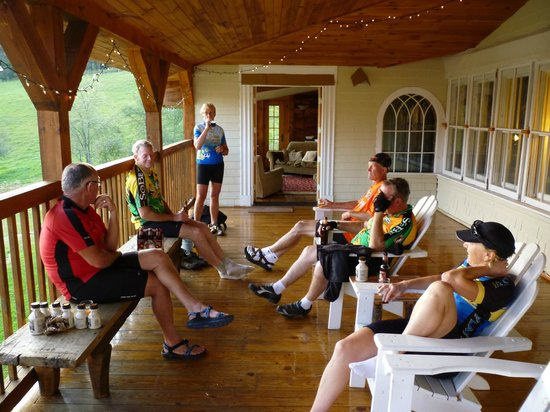 Great Bike Tours: Great porch to relax