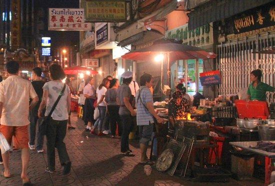 Grand China Hotel: The neighbourhood (Chinatown)