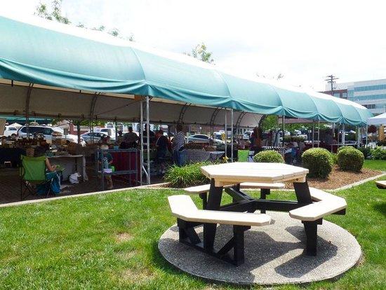 The Blennerhassett Hotel: Farmer's Market