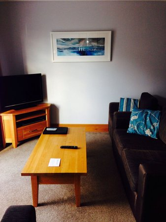 Colwell Bay Holiday Cottages: Lovely lounge