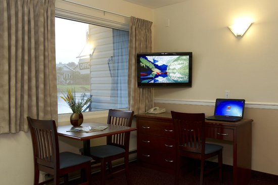 Scott's Inn and Restaurant - Kamloops: One Bedroom Suite