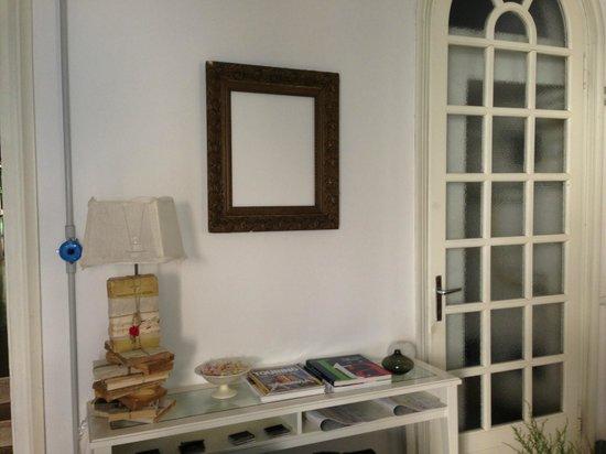 19 Borgo Cavour: Foyer (entrance)
