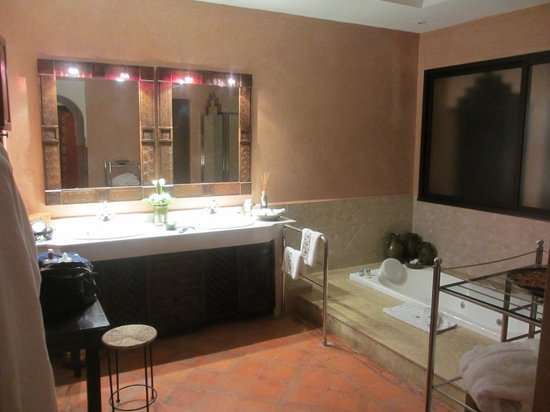 Es Saadi Marrakech Resort - Palace : Salle de bain