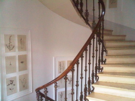Le Clos d'Argenson : The wonderful tower staircase