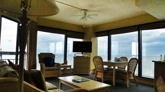 SeaGlass Tower: Living Room
