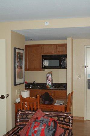 Homewood Suites Santa Fe: part of dinette