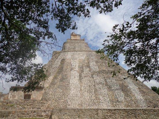 Temples of Uxmal: Templo do Adivinho