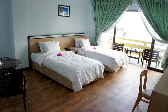 Blue Ocean View Hotel : bed