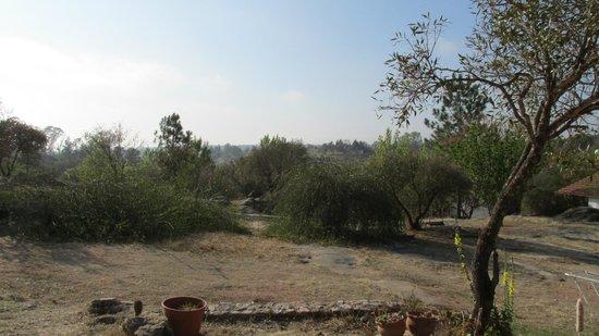 Complejo Las Hoyas: Vista desde afuera de la casa 3