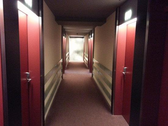 Hotel Montana : Hallway