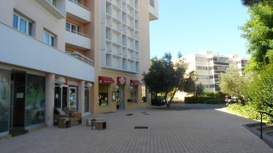 BEST WESTERN Marseille Bonneveine Prado : Frente do Hotel