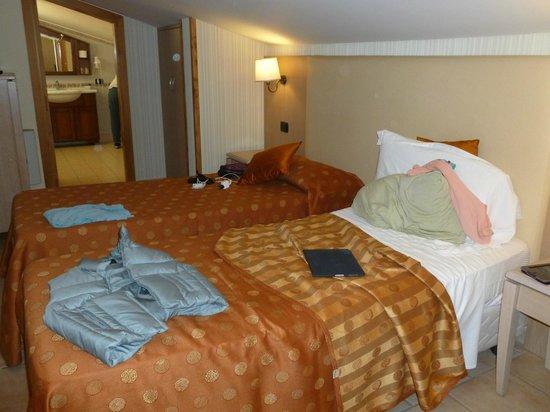 Villa Rosita: Attic Bedroom