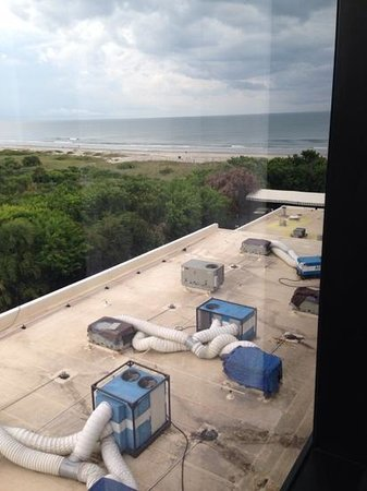 Hilton Cocoa Beach Oceanfront : my view :(