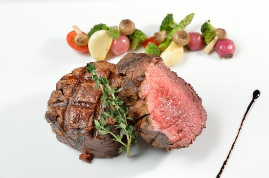 Flames: Australian Black Angus - 200 Days Grain Fed Center-cut Fillet Mignon 1