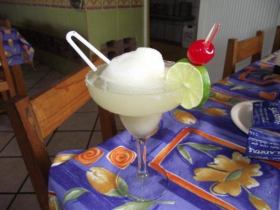 Restaurant La Casita: BEST MARGARITAS IN CATEMACO