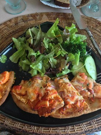 The Dunes Studio Gallery and Cafe: Lobster pizza