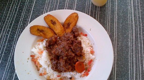 Curacao Marriott Beach Resort & Emerald Casino: Lunch