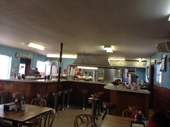 Claremont Cafe: Inside view of the diner