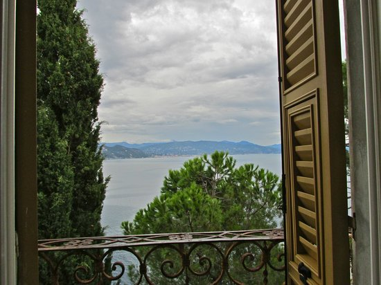 Castello Brown: View from a castle window