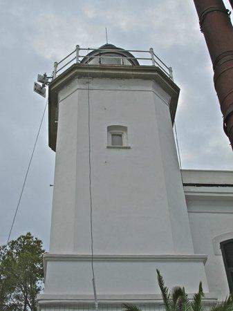 Castello Brown: The Faro lighthouse