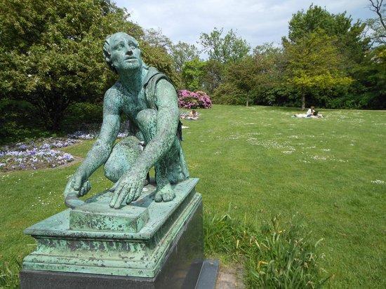 Oerstedsparken: estátua