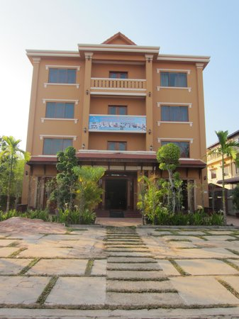 Siem Reap Niche Hotel: Front of the Hotel