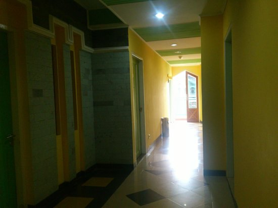 Kharisma Hotel: The hall