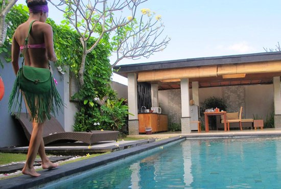 Kunti Villas: lovely and clean pool