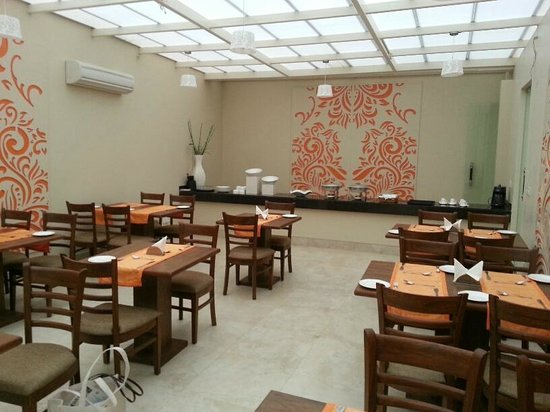 La Sagrita : Dining Room with open air feel but enclosed with ac