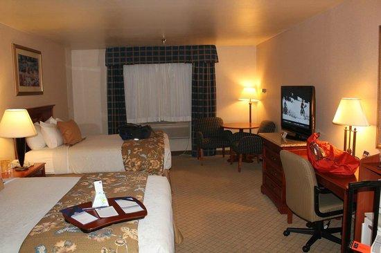 Best Western Plus High Sierra Hotel: 広い客室