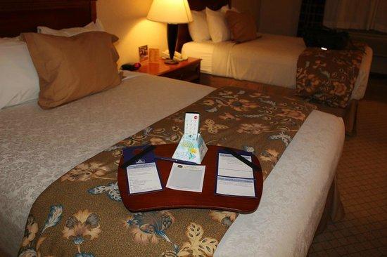 Best Western Plus High Sierra Hotel: Customer Kitなるものが置いてあります。