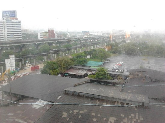 Miracle Grand Convention Hotel : Laksi View