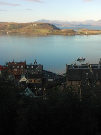 Muthu Alexandra Hotel: Viev from McCaig's of Oban