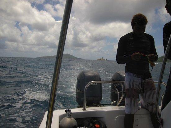 Octopus Diving Center : Le bateau après la plongée