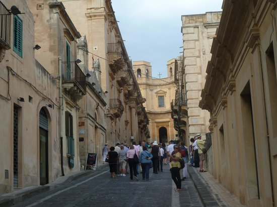 Late Baroque Towns of the Val di Noto : Typical Street in NOTO
