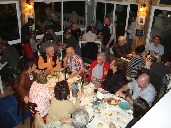 Opa Greek Taverna: Some of the appreciative crowd