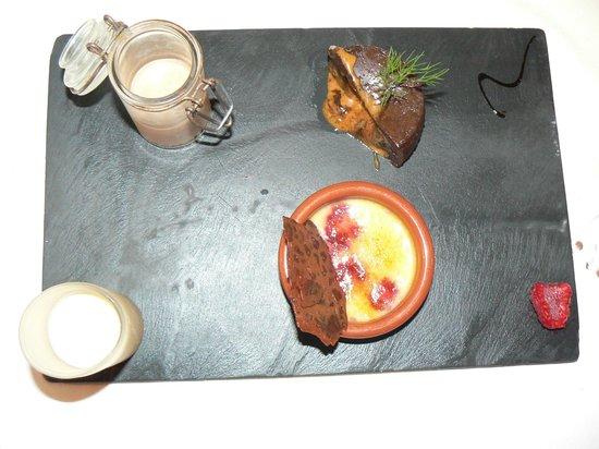 Le Saint Christophe : Chocolate dessert - 3 flavours